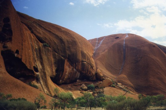 Ayers Rock-09 2,5 km de large.JPG